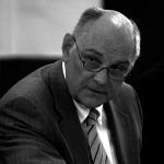 Dr. Hans Kuhn
